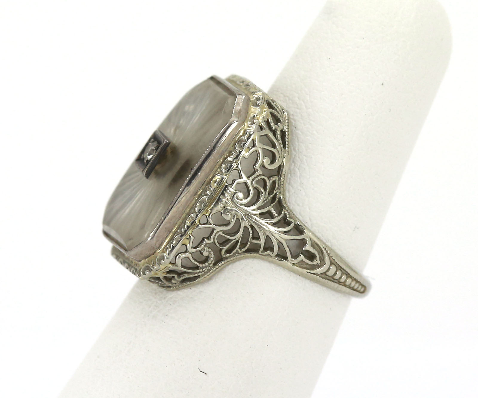 antique 18k white gold frosted