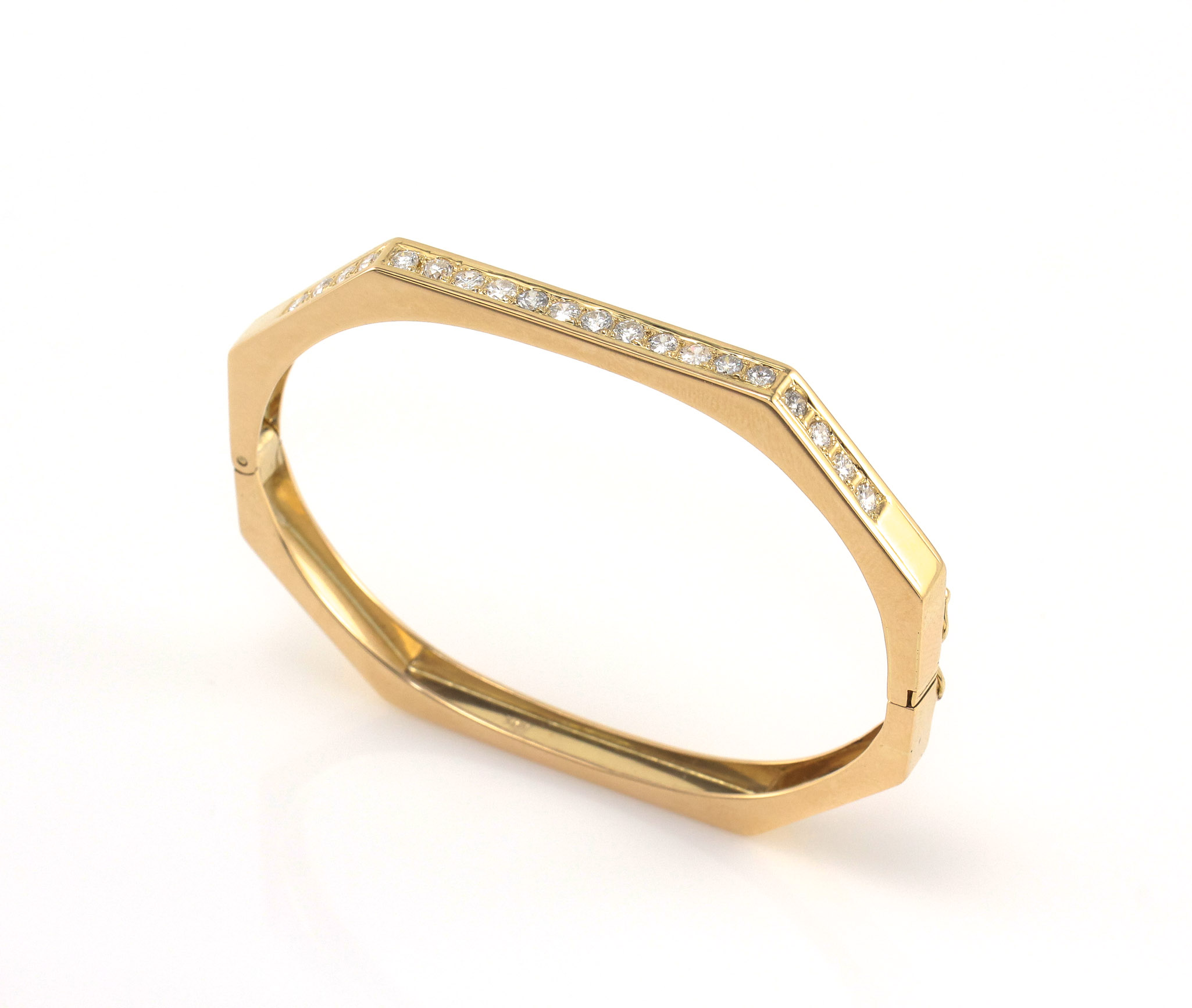 yellow bangles in gold bangle